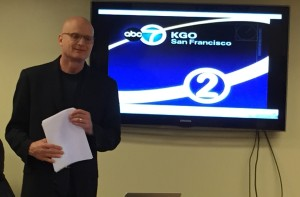 Wayne Freedman of KGO-TV shares his storytelling techniques with APTRA seminar participants.